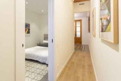 Отремонтированная квартира в прайм-зоне Барселоны